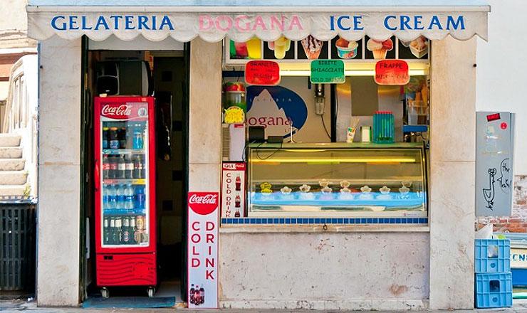 Italy Gelateria Shop